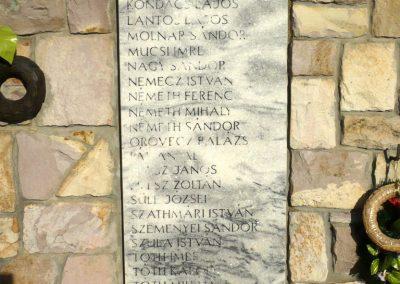 Kardoskút II. világháborús emlékmű 2012.07.14. küldő-Sümec (7)