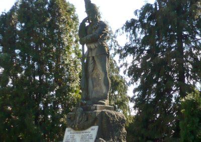Karmacs I. világháborús emlékmű 2013.04.14. küldő-Sümec (6)