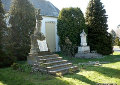 Karmacs II. világháborús emlékmű 2013.04.14. küldő-Sümec