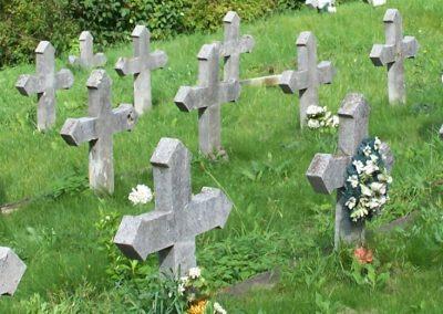 Kassa I.vh emlékmű és katonasírok 2010.09.12. küldő-Tóth Miklós (7)
