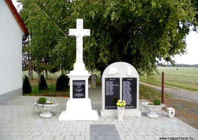Katafa világháborús emlékmű 2015.10.05. küldő-Méri (1)