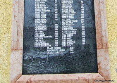 Katymár világháborús emléktáblák 2007.12.08. küldő-Markó Péter (6)