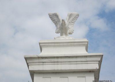 Kazincbarcika - Barcika világháborús emlékmű 2011.09.17. küldő-kalyhas (2)