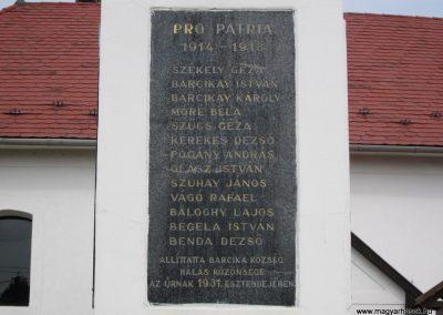 Kazincbarcika - Barcika világháborús emlékmű 2011.09.17. küldő-kalyhas (3)