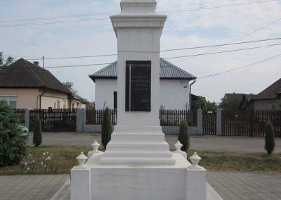 Kazincbarcika - Barcika világháborús emlékmű 2011.09.17. küldő-kalyhas (8)