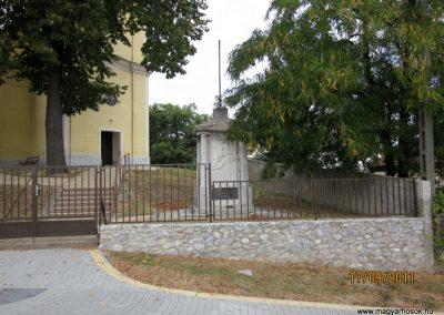 Kazincbarcika - Sajókazinc világháborús emlékmű 2011.09.17. küldő-kalyhas (1)