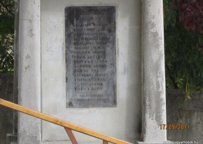 Kazincbarcika - Sajókazinc világháborús emlékmű 2011.09.17. küldő-kalyhas (5)