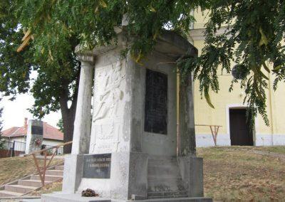Kazincbarcika - Sajókazinc világháborús emlékmű 2011.09.17. küldő-kalyhas (6)