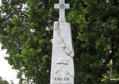 Kecskéd I.vh emlékmű 2008.07.04. küldő-Kályhás (2)