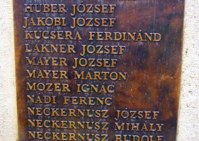 Kecskéd II.vh emlékmű 2012.04.07. küldő-Méri (2)