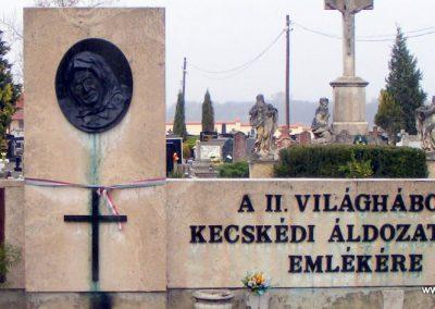 Kecskéd II.vh emlékmű 2012.04.07. küldő-Méri (4)