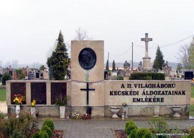 Kecskéd II.vh emlékmű 2012.04.07. küldő-Méri
