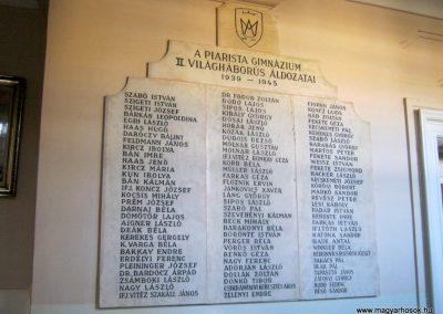 Kecskemét Piarista Gimnázium II. világháborús emlékmű 2018.09.20. küldő-Bali Emese (1)