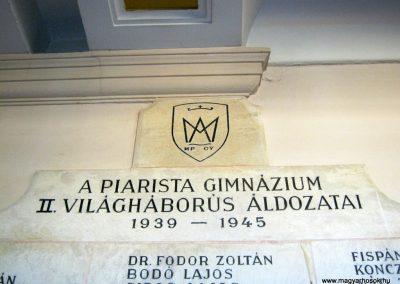 Kecskemét Piarista Gimnázium II. világháborús emlékmű 2018.09.20. küldő-Bali Emese (2)