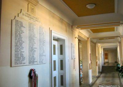 Kecskemét Piarista Gimnázium II. világháborús emlékmű 2018.09.20. küldő-Bali Emese