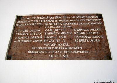 Kecskemét Református Kollégium I. világháborús emléktábla a joghallgatók emlékére 2018.09.20. küldő-Bali Emese (2)