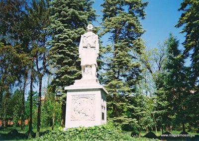 Kecskemét református temető I. világháborús emlékmű 2010. küldő-Emese