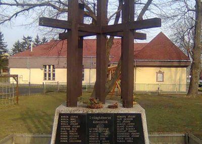 Kehidakustány-Kehida világháborús emlékmű 2011.02.04. küldő-Szilsomogy