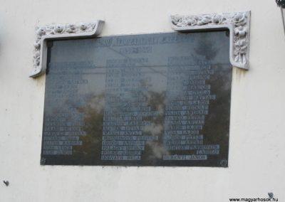 Kelebia II.vh emléktábla 2011.08.17. küldő-kalyhas (3)