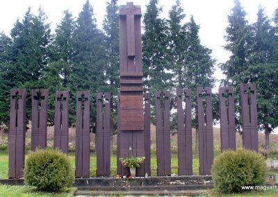 Keménfa világháborús emlékmű 2013.12.29. küldő-HunMi (3)