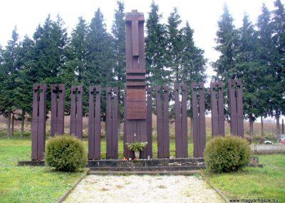 Keménfa világháborús emlékmű 2013.12.29. küldő-HunMi