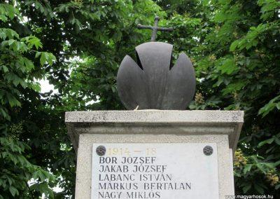Kemecse világháborús emlékmű 2013.05.23. küldő-kalyhas (3)