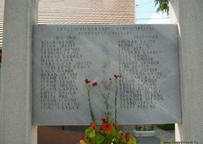 Kemenespálfalva világháborús emlékmű 2009.07.01.küldő-Sümec (3)