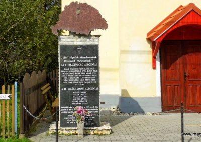 Kemestaródfa világháborús emlékmű 2014.10.07. küldő-Méri (1)