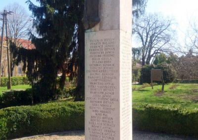 Kenderes II. világháborús emlékmű 2017.04.01. küldő-belamiki (2)