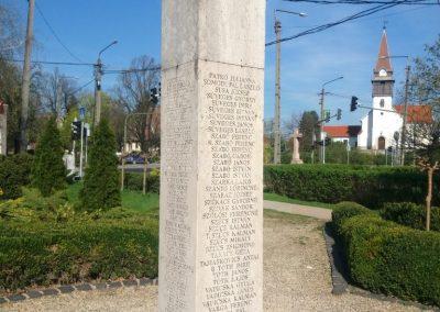 Kenderes II. világháborús emlékmű 2017.04.01. küldő-belamiki (4)
