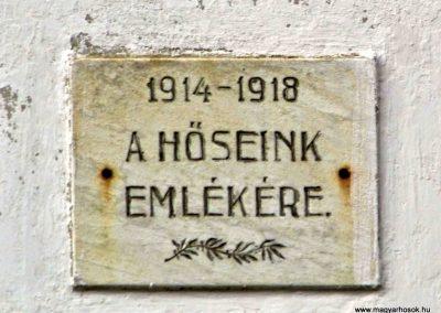 Keréktelki I. és II. világháborús emlékmű 2014.11.10. küldő-Méri (2)