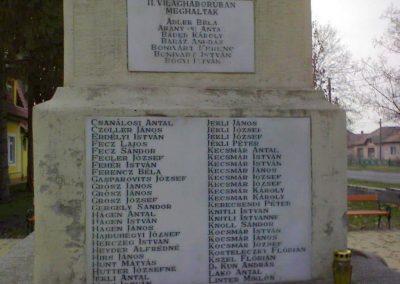 Kerecsend Hősi emlékmű 2006.11.19. küldő-Kályhás (3)