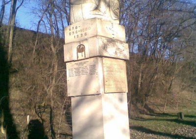 Kerepes Hősi emlékmű 2009.12.28. küldő-Huszár Peti (4)
