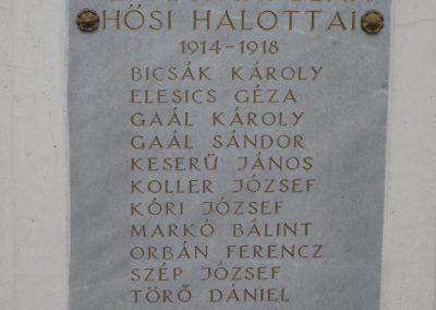Kerkáskápolna világháborús emlékmű 2009.03.02.küldő-Sümec (3)