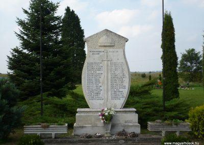 Kerkabarabás világháborús emlékmű 2009.09.16. küldő-Sümec (1)