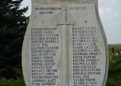 Kerkabarabás világháborús emlékmű 2009.09.16. küldő-Sümec (2)
