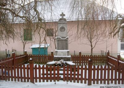 Keszeg világháborús emlékmű 2010.01.26. küldő-kalyhas (1)