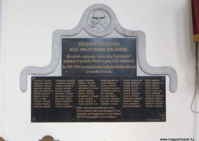 Kesznyéten I.vh emléktábla a templomban 2007.09.24.küldő-Kályhás