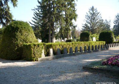 Keszthely I. világháborús katona sírkert 2013.10.04. küldő-Sümec (3)