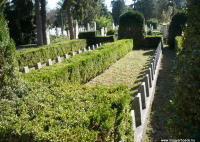 Keszthely I. világháborús katona sírkert 2013.10.04. küldő-Sümec (5)