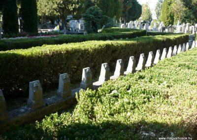 Keszthely I. világháborús katona sírkert 2013.10.04. küldő-Sümec (6)