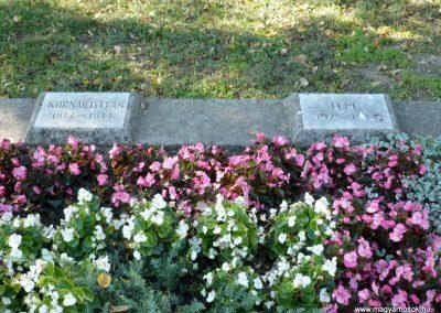 Keszthely II. világháborús katona sírkert 2013.10.04. küldő-Sümec (5)