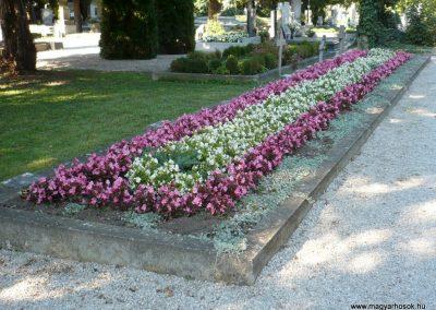 Keszthely II. világháborús katona sírkert 2013.10.04. küldő-Sümec (6)