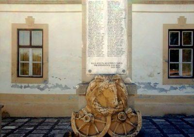 Keszthely II.vh emlékmű 2011.06.12. küldő-Ágca (1)