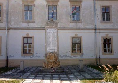 Keszthely II.vh emlékmű 2011.06.12. küldő-Ágca