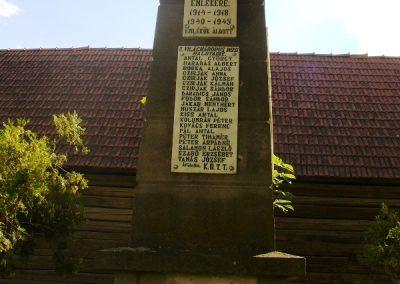 Kilyénfalva világháborús emlékmű 2008.08.11.küldő-Era