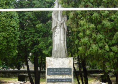 Királyhelmec világháborús emlékmű 2009.05.31.küldő-Ágca (1)
