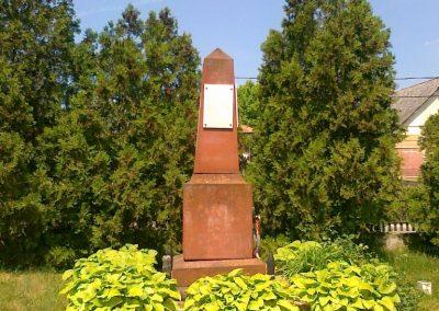 Királyszentistván világháborús emlékmű 2011.05.18. küldő-Csiszár Lehel (4)