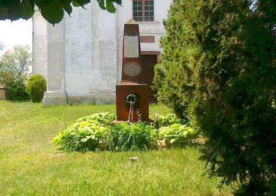 Királyszentistván világháborús emlékmű 2011.05.18. küldő-Csiszár Lehel (6)