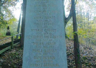 Kisújbánya világháborús emlékmű 2012.11.04. küldő-Turul 68 (1)